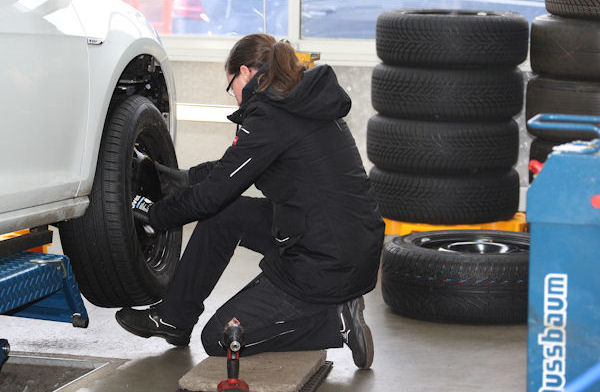 Positive overall – European car clubs test winter tyres